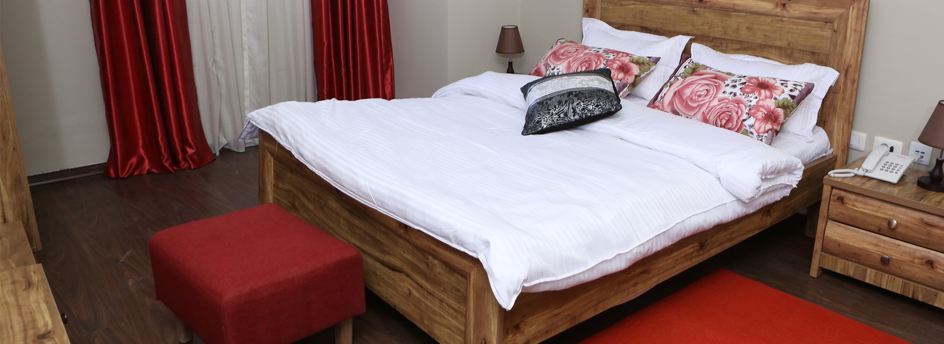 <small>Comfortable</small>Bedroom